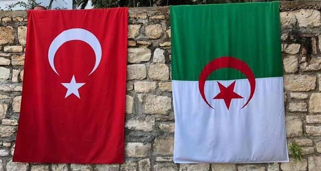 السفارة الجزائرية تقدم مستجدات الجزائريين بتركيا