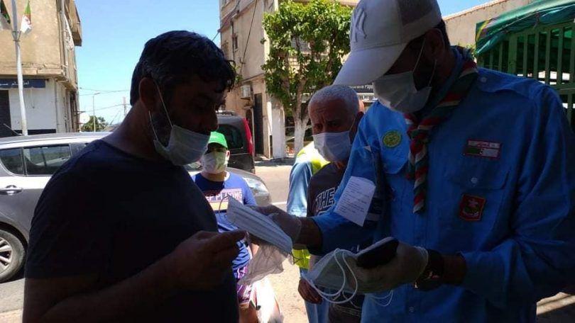 انطلاق الحملة الوطنية لتوزيع الكمامات المجانية