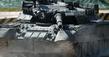 تعرّف على الترسانة العسكرية المتطورة في مناورة الجيش الجزائري بالحدود الغربية