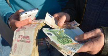 سعر صرف الدينار الجزائري مقابل العملات الأجنبية